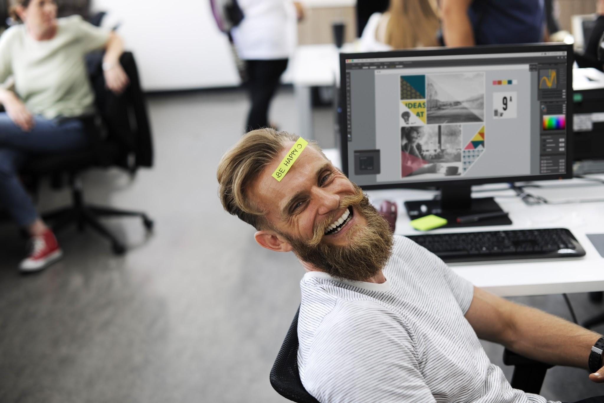 Pleskj shows how to keep clients happy when you're running a digital agency. Check outthis guy's happy face.